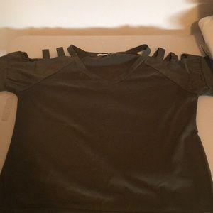 Woman's cold shoulder shirt size M